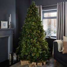 Adorable Bq Pre Lit Christmas Trees Nobby 7ft Cleveland Tree