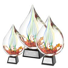 Create great impression by adding personalized awards to your corporate function