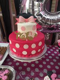Sam S Club Light Up Shoes Sams Club Cake In 2020 Minnie Mouse Cake Cake 2nd