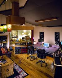 control_room_back- STUDIO DESIGN ! IDEAS ! You can probably help me !