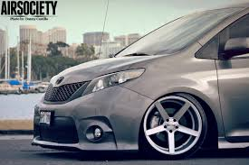 toyota-sienna-auto-customs-bagged-air-ride-suspension-stance ...