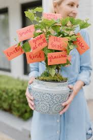 non cheesy gift card tree for teachers