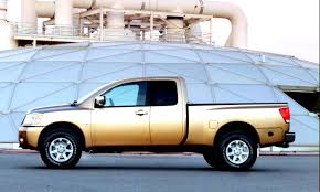 Nissan Titan King Cab 2004 on MotoImg.com