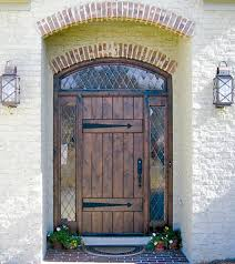 barn front doorThis ETO door is a great way to add an antiquated feel to your