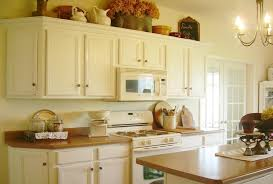 Image of: Best Antique White Paint For Kitchen Cabinets