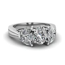 Oval Shaped Diamond Ring Design Tapered Petal Diamond Engagement Ring In 2019 Accented