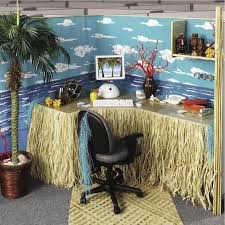 office cube decorations. cube chic party planner turns offices from u201cdrab to fabu201d darren office decorations