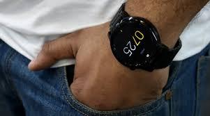 motorola 360 smartwatch. motorola, motorola moto 360 review, (2015) review, smartwatch