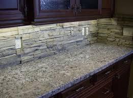 Beautiful Stone Kitchen Backsplash Dark Cabinets It Looks Very Pretty With The Innovation Design