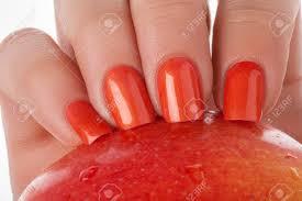 Oranžové Nehty Na Bílém Pozadí S Ovocem Royalty Free Fotografie A
