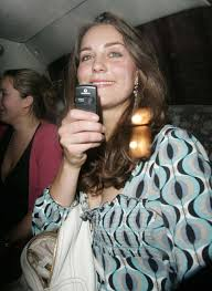 kate on a night out you snap me i ll snap back kate  kate middleton takes pictures her nokia