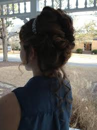Quince Hairstyles 38 Wonderful 24 Best Quinceanera Hairmakeupaccessories Images On Pinterest