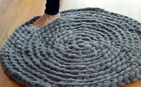 how to crochet a giant rug 4 no sew diy projects handy