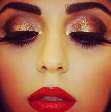 makeup with red saree