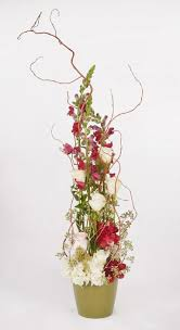 What Are Mechanics In A Floral Design The Mechanics For Trendy Vertical Floral Designs Flowers