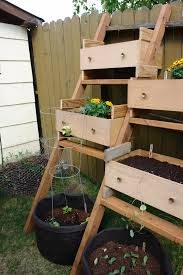 ideas for old furniture. Old Wooden Drawers Into Planters Ideas For Furniture