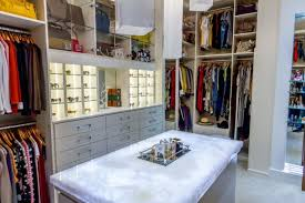 Walk in closet lighting Luxury The Key To Getting That Glamorous Yet Ambient Closet Effect Is Highlighting Pieces Of Your Wardrobe That Deserve To Stand Out Got Large Collection Of Closet America Closet Lighting How To Transform Dark Walkin Into Bright