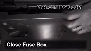 2005 chrysler pacifica interior fuse box download wiring diagrams \u2022 2005 chrysler town and country interior fuse box location interior fuse box location 2008 2012 buick enclave 2008 buick rh carcarekiosk com