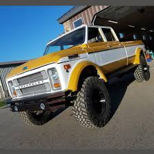 1972 Chevy K50 crew cab built by Rtech Fabrications -