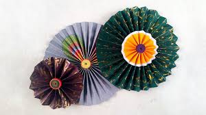 picture of diy paper crafts how to make simple paper rosettes spring flowers
