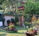 Декорирование дачи сада