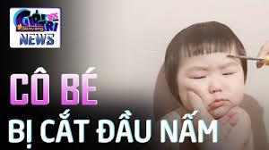 Phụng phịu vì bị cắt tóc đầu nấm, bé gái má bánh bao gây sốt - YouTube
