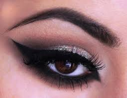 how to do dramatic cat eye makeup s