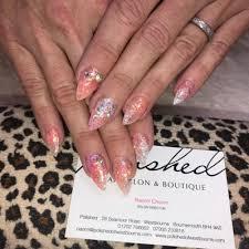 polished nail salon