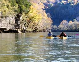photo essay outdoor lovers paradise the caney fork river  the caney fork river surrounds you the beauty of nature