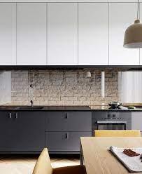 Eles podem ser instalados próximo a pia do banheiro, na área de banho e em outros cômodos da casa, como a cozinha, sala e quartos. Kitchen Modern Industrial Interior Kitchen Decor Home Kitchens