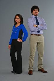 what to wear to a business casual job interview the seattle times chia lor and alec ortiz model looks after a job interview makeover richard sennott