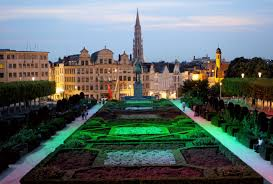 photo essay an evening stroll through brussels bon voyage lauren mont de arts or hill of the arts is a beautiful place to take in the finest views of brussels especially at twilight from here you can see a beautiful