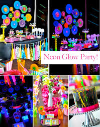 Neon Glow in the Dark party! Perfect for a teen or tween! Awesome ideas