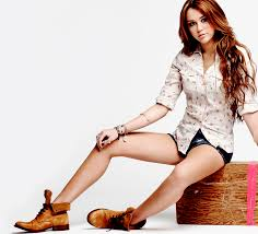 Miley Cyrus Bedroom Wallpaper Miley Cyrus Wallpaper