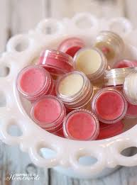 how to make your own lip balm gloss