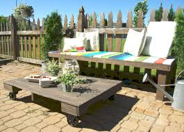pallet outdoor furniture ideas. Maximize Your Outdoor Space With A Pallet Coffee Table On Wheels Furniture Ideas T