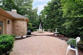 mini guide to diy your paver patio