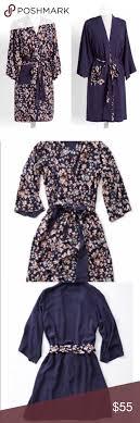 Vera Bradley Reversible Robe In Cut Vines Pattern Reversible