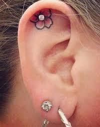Tetování V Uchu Které Vypadá Lépe Než Piercing Koulecz