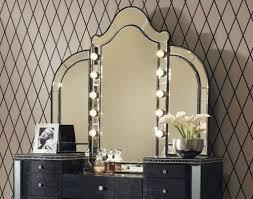 Mirror Bedroom Vanity Bedroom Vanity With Lighted Mirror Wm Homes Bedroom Makeup Vanity