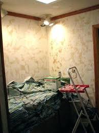 removing painted wallpaper amusing removing wallpaper from plaster removing wallpaper from plaster walls how to remove with removing wallpaper border