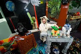 Lego Bedroom Lego Transforms Star Wars Fans Bedroom Into Ewok Village