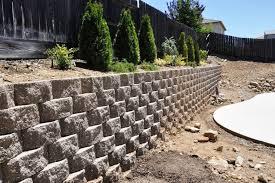 image of retaining wall bricks