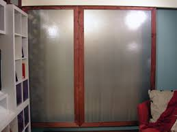 how to build sliding closet doors