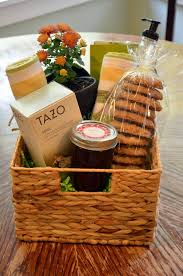 Christmas Gift Basket Ideas And PrintablesChristmas Gift Baskets Online