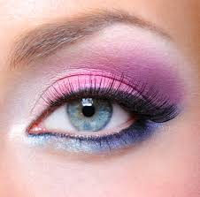 Light Pink And Blue Eyeshadow Have You Tried These Funky Eye Makeup Looks Amore Classic