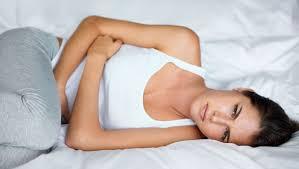 Pijn aan alvleesklier of pancreas: oorzaken, symptomen, tips