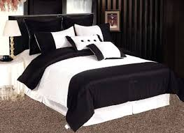 black and white comforter image of modern black and white bedding