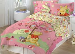 cheerful and frienly winnie pooh bedding set for girls