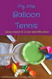 My Little Sonbeam: DIY Christmas Gifts {stocking Stuffers} for Children.  Balloon tennis